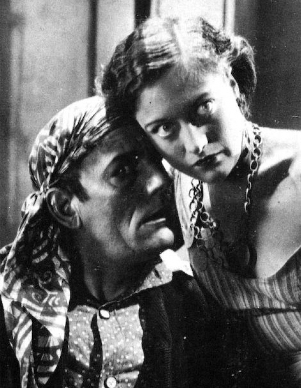 Lon Chaney & Joan Crawford in The Unknown